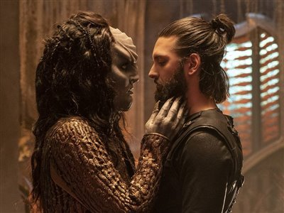 TeamUp - Star Trek Discovery - L'Rell and Ash